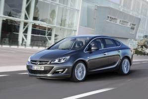 Po sedanie przyjdzie jeszcze czas na cabrio / foto: Opel