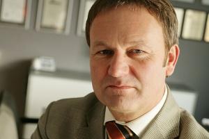 <b>Andrzej Jagiełło<br /> prezes zarządu Kopeksu</b><br /><br />  - Polskie górnictwo bazuje na starych kadrach. <br /><br />  Zamknięcie przed laty szkół górniczych spowodowało znaczące problemy.