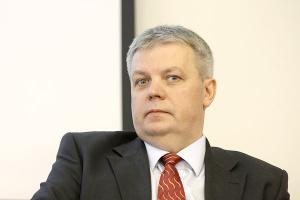 Waldemar Łaski, prezes Famuru, wskazuje, że byłoby dobrze, gdyby nasze górnictwo korzystało z rozwiązań systemowych i kompleksowych usług oferowanych przez producentów maszyn i urządzeń.