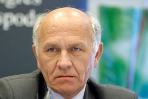Połączenie Grupy Tarnów z Puławami może oznaczać rewolucję w relacjach z dostawcami surowców. Prezes Grupy Tarnów Jerzy Marciniak ostrożnie zapowiada, że zbadane zostaną wszystkie możliwe synergie, a kwestia surowców będzie jedną z ważniejszych.