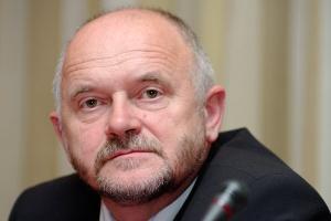 <b>Stanisław Tokarski<br /> prezes Tauron</b><br /><br />  Wytwarzanie - Jeżeli zostanie podjęta decyzja o ograniczeniu wsparcia dla technologii współspalania, to Polska się cofnie o 50 proc. w realizacji celu posiadania 15 proc. energii z OZE w 2020 w zużyciu energii finalnej.