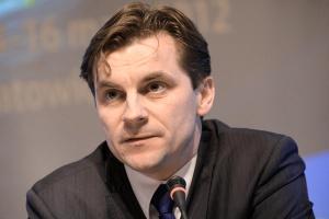 – Rynek bez obliga giełdowego nie ruszy w skali zadowalającej, tzn. generującej sygnały cenowe mogące być punktem odniesienia dla innych transakcji – przyznaje prezes Urzędu Regulacji Energetyki Marek Woszczyk.
