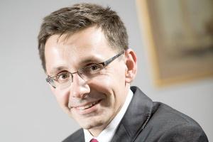 <b>Mikołaj Budzanowski<br /> minister skarbu</b><br /><br />  - Dzięki współpracy sektora wydobywczego i energetycznego skorzystamy z efektu skali, szybciej poznamy efektywność złóż.