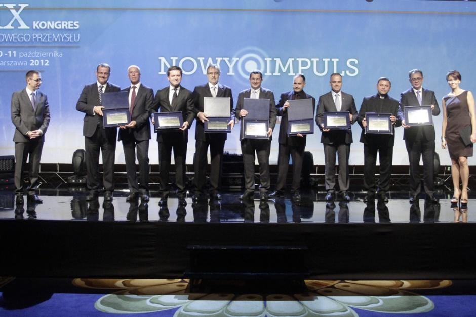 Podczas wieczornej gali towarzyszącej tegorocznej edycji Kongresu Nowego Przemysłu przyznano po raz kolejny Nowe Impulsy - wyróżnienia dla firm i inicjatyw mających nadawać nową jakość polskiej gospodarce, a w szczególności sektorowi energetyczno-paliwowemu. Fot. PTWP (Paweł Pawłowski)
