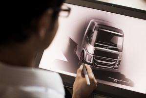 Wiele pomysłów rodzi się na desce kreślarskiej.  / foto: Volvo Trucks