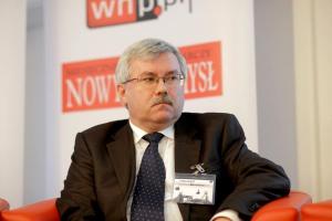 - Planowane działania inwestycyjne zaprocentują w przyszłości i przyczynią się do osiągania coraz lepszych wyników ekonomicznych z podstawowej działalności spółki - zapewnia Roman Łój, prezes zarządu KHW.