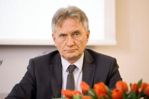 - Rozmawiamy z Ministerstwem Finansów na temat ulg i zwolnień dla złóż marginalnych. 40 mld m sześc. udokumentowanych zasobów gazu w Polsce znajduje się właśnie w takich złożach - mówi Piotr Woźniak, wiceminister środowiska.