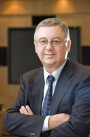 - W trakcie rozwoju produktu cały czas trzeba uaktualniać biznesplan, urealniając prognozę przyszłych kosztów związanych z doprowadzeniem przedsięwzięcia do momentu, w którym zacznie przynosić zyski – radzi prof. Janusz Filipiak, założyciel i prezes Comarchu.
