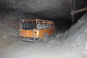 Pozostawiony pojazd pracowników w ZG Rudna.