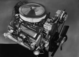 Silnik Chevroleta Camaro Z28 302 V8 z 1967 roku / foto: Chevrolet