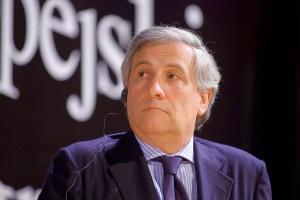 - Europa nie może sobie pozwolić na utratę firm na rzecz krajów, które nie przestrzegają zasad ochrony środowiska i powodują przenoszenie produkcji z Europy, czyniąc z niej pustynię przemysłową - podkreśla komisarz UE ds. przemysłu i przedsiębiorczości Antonio Tajani.