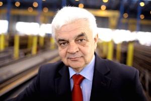 <b>Jerzy Bernhard<br /> prezes spółki Stalprofil</b><br /><br />  - Miejsca pracy w nadmiernie rozbudowanym hutnictwie i tak prędzej czy później zostaną stracone.