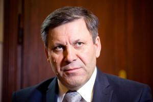 – Obserwowane dzisiaj problemy i procesy zachodzące w gospodarce skłaniają do wniosku, że trzeba zbudować silniejszą pozycję polskich pracodawców – przekonuje wicepremier Janusz Piechociński. Według niego, silny partner ułatwiłby negocjacje i wypracowanie wspólnego stanowiska.