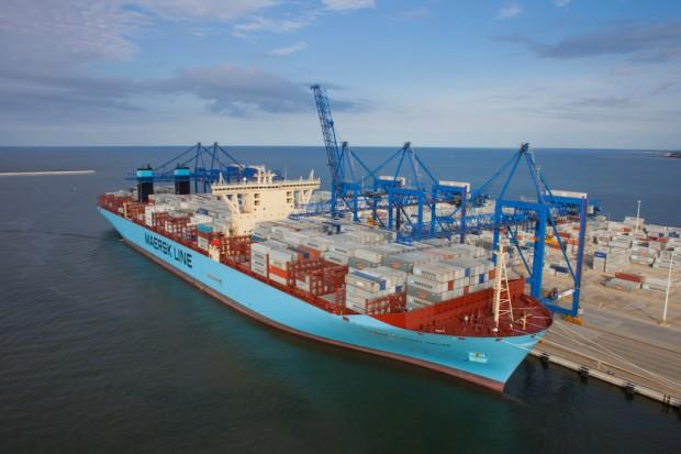 Kontenerowy transport morski w Europie i na świecie [RAPORT]