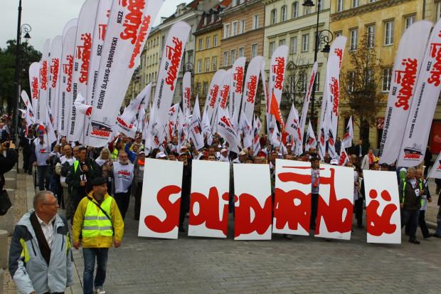 Solidarność bije na alarm, chce pilnego spotkania z Mateuszem Morawieckim