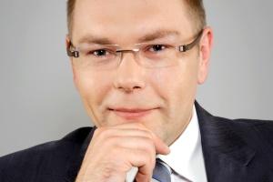 – U mniejszych emitentów kluczowe znaczenie ma pomysł inwestycyjny – uważa Marek Witkowski, prezes Copernicus Securities. – Gdy przedsięwzięcie jest opłacalne, a ryzyko ograniczone – wzbudzi zainteresowanie inwestorów.