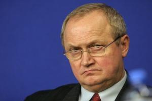 <b>Jerzy Suchoszek<br /> prezes zarządu Dąbrowskiej Fabryki Maszyn Elektrycznych Damel SA.</b><br /><br /> - Rok 2013 jest trudny, rozglądamy się po różnych rynkach, aby nadal móc się rozwijać.