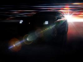 Macan na razie tylko po ciemku. fot. Porsche