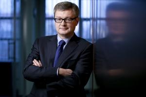 – Wydaje nam się, że inwestor publiczny oraz wykonawcy czegoś się w ciągu ostatnich lat nauczyli i nie dojdzie znów do wojny cenowej – mówi Dariusz Grzeszczak, członek zarządu Erbudu.