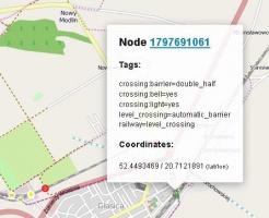 """Zrzut 1. Fragment mapy OpenStreetMap z informacjami technicznymi o przejazdach kolejowych. Co ciekawe, mapowicze OSM zbierają informacje również o """"dzikich"""" przejściach kolejowych."""