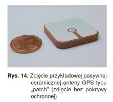 """Rys. 14. Zdjęcie przykładowej pasywnej ceramicznej anteny GPS typu """"patch"""" (zdjęcie bez pokrywy ochronnej)"""