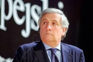 <b>Antonio Tajani, komisarz UE</b> ds. przemysłu i przedsiębiorczości: – Przemysł stalowy jest dla Europy sektorem o strategicznej wadze i potencjalnym motorem wzrostu gospodarczego. Ma obiecującą przyszłość. (...) Może osiągnąć konkurencyjną przewagę w skali globalnej.