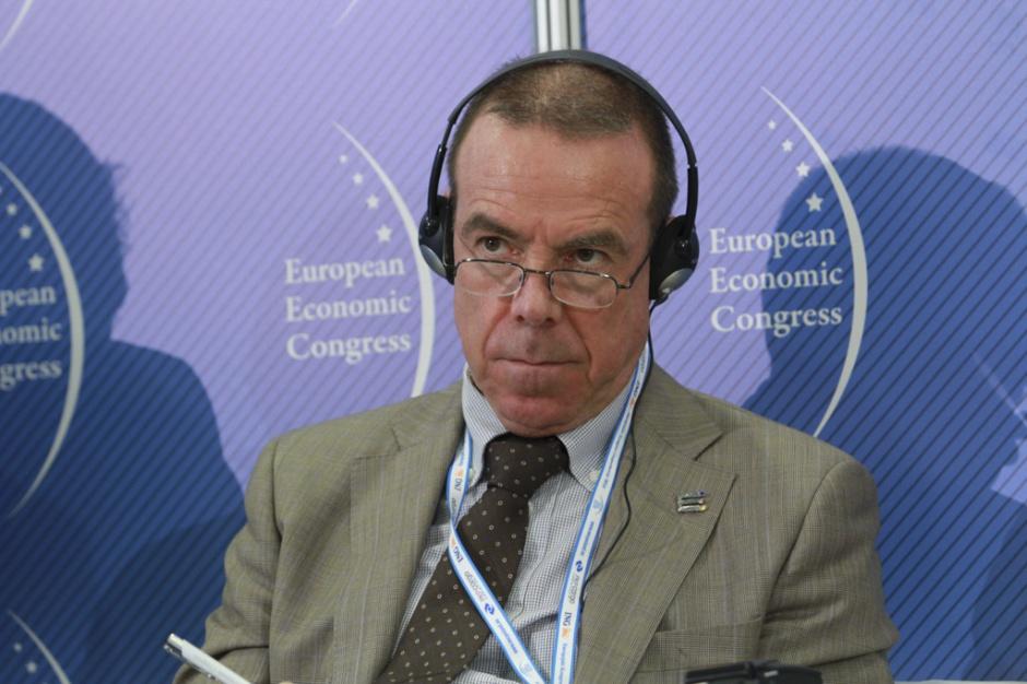 Pete Kercher - założyciel-członek, Europejski Instytut Projektowania i Niepełnosprawności, Ambasador, Design for All Europe