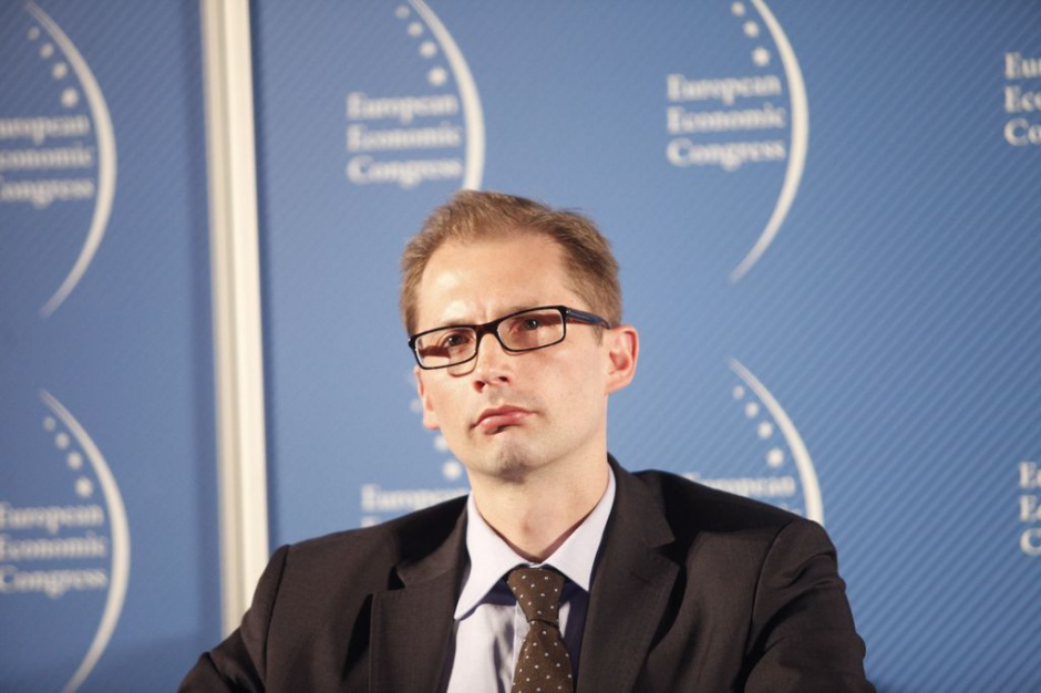 Piotr Michałowski - Loan Officer, Poland Division, Banks and Corporates, Europejski Bank Inwestycyjny