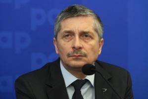 Jak przyznaje Krzysztof Kamiński, wiceprezes ZAK, pierwszy kocioł EC nie zaspokoi w pełni potrzeb spółki na parę technologiczną. - Decyzję w sprawie budowy kolejnego etapu, parametrów elektrociepłowni i zastosowanego paliwa chcemy podjąć w 2016 roku - zapowiedział.