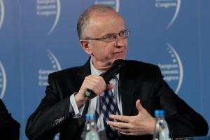 Prof. Kołodko: rola przemysłu będzie spadać
