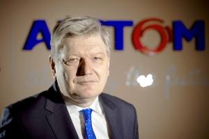 – Przy wszystkich zastrzeżeniach, polityka Unii Europejskiej – była niesłychanie silnym bodźcem dla badań naukowych. Dzięki niej możemy dzisiaj mówić choćby o podnoszeniu sprawności bloków węglowych z 30 proc. do prawie 46 proc. – podkreśla Lesław Kuzaj, prezes Alstomu w Polsce.