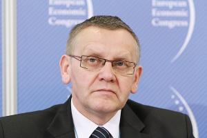 <b>Mirosław Sekuła, marszałek województwa śląskiego</b><br /> – Gdyby czekała nas kolejna tłusta perspektywa budżetowa, moglibyśmy dalej inwestować w infrastrukturę samorządową. Ponieważ jednak czekają nas lata raczej chude, musimy zacząć myśleć w nowych kategoriach.