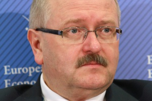 – W polskich miastach ubywa mieszkańców, być może inteligentne rozwiązania przekonają ich do powrotu – uważa Piotr Uszok, prezydent Katowic.