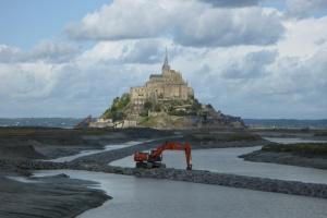 Stal ratuje Mont-Saint-Michel