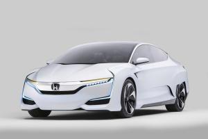 Model jest zapowiedzią stylistyki produkcyjnej wersji nowego samochodu na ogniwa paliwowe.  fot. Honda