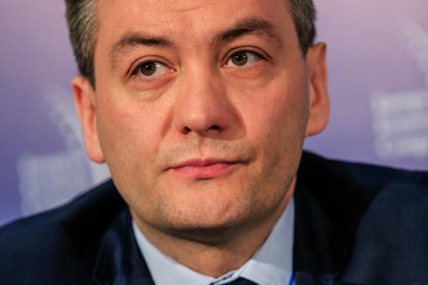 Biedroń  z samorządowcami i przedsiębiorcami apeluje  do KE ws. budowy S6