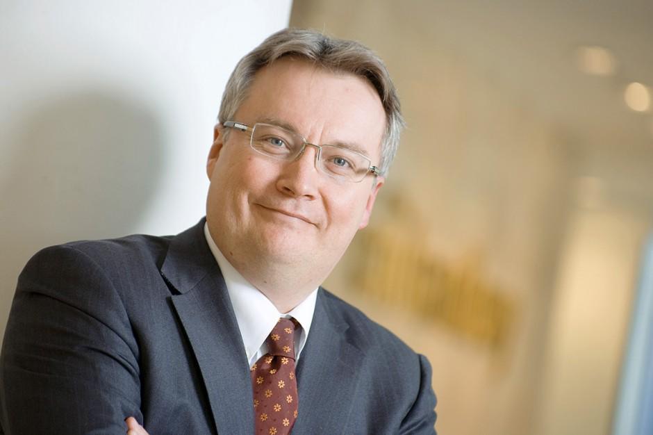 Michał H. Mrożek, prezes HSBC Bank Polska     Czy polskie firmy z sektora MŚP mogą sobie pozwolić na zagraniczną ekspansję? Mogą. W Niemczech, które są największym eksporterem w Europie, 99 proc. firm to właśnie takie przedsiębiorstwa. Wiele z nich działa na niwie międzynarodowej, ale często w rynkowych niszach, więc rzadko bywa o nich głośno. Mówi się nawet, że to \