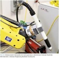 Fot. 6. Zrobotyzowane stanowisko do cięcia plazmą w Laboratorium Robotyki Wydziału Mechatroniki i Lotnictwa Wojskowej Akademii Technicznej