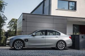 BMW 330e. fot. BMW