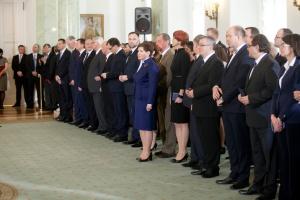 Zdjęcie numer 1 - galeria: Prezydent powołał rząd Beaty Szydło
