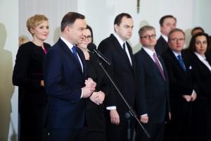 Zdjęcie numer 2 - galeria: Prezydent powołał rząd Beaty Szydło
