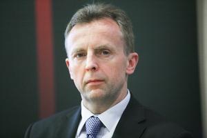 """Janusz Moroz, członek zarządu ds. handlu w RWE Polska, prognozuje, że w przyszłości wielu klientów stanie się """"menedżerami domowego systemu energetycznego"""" – zmienią się ich oczekiwania wobec firm energetycznych."""
