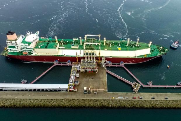 Kolejna dostawa LNG do Polski atrakcją dla turystów