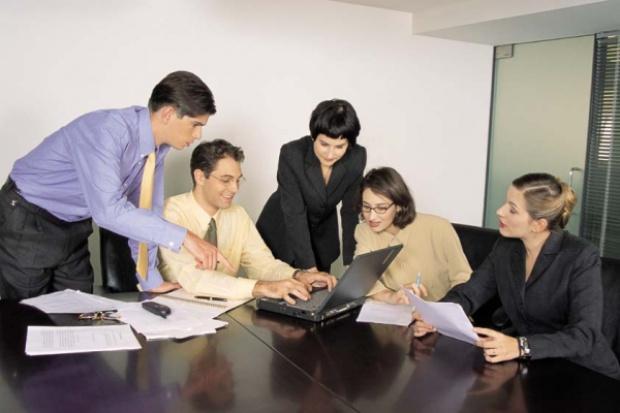 Rośnie liczba firm zatrudniających powyżej 10 osób