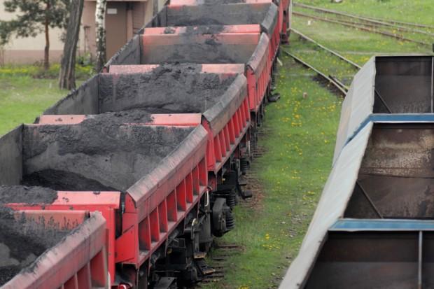 Greenpeace: na świecie spadło zużycie węgla