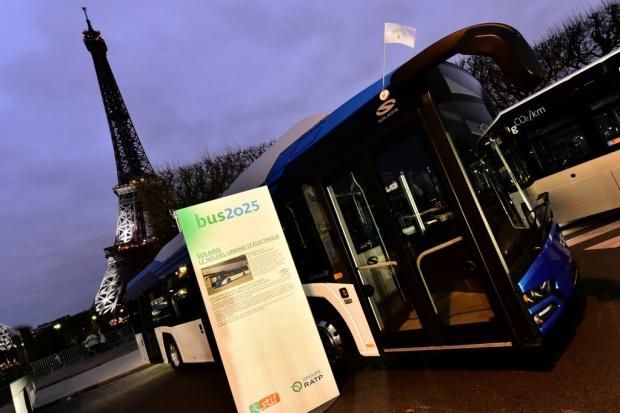 Paryskie testy elektrycznego Solarisa
