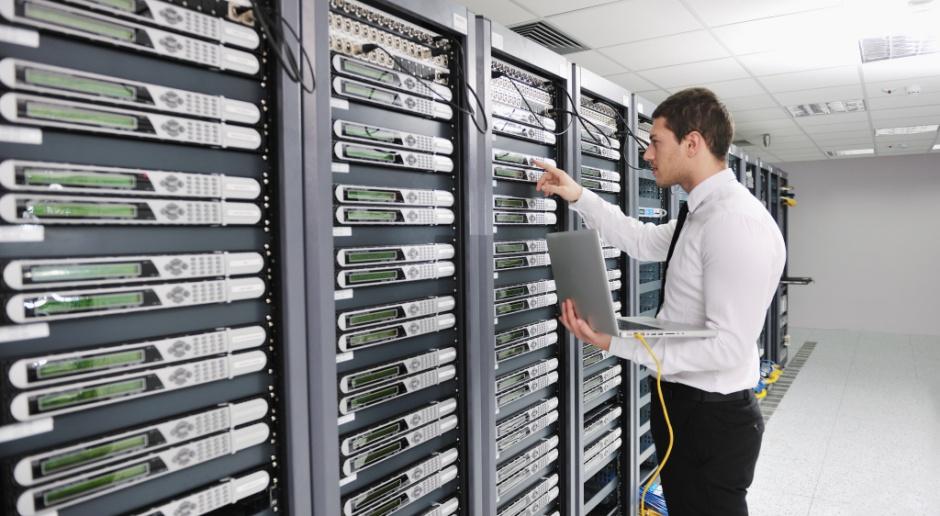 Systemy chmurowe ułatwiają dostęp do danych, a także zmiany w systemach zarządzania danymi