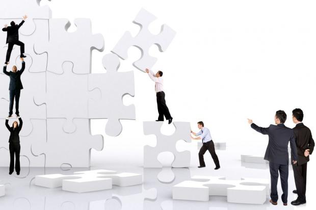 Eksperci: zmiany we władzach spółek SP mają pomóc rządowi osiągnąć cele