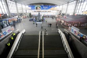 Warszawa. Częściowo wstrzymany ruch pociągów na Dworcu Centralnym