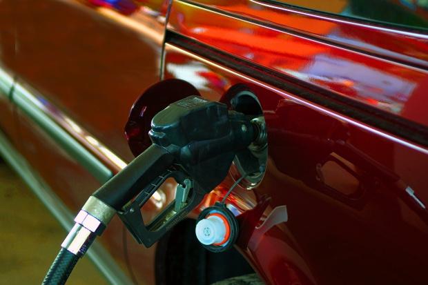 SLD: opłata paliwowa to kolejny podatek